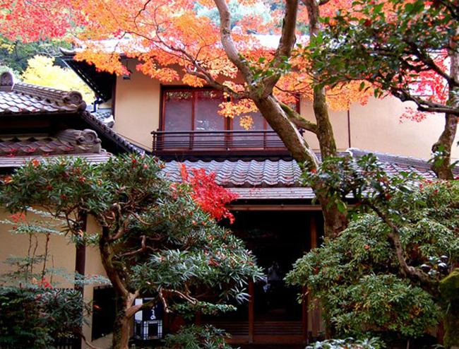 Ichijunisai Ueno Mino (Osaka)