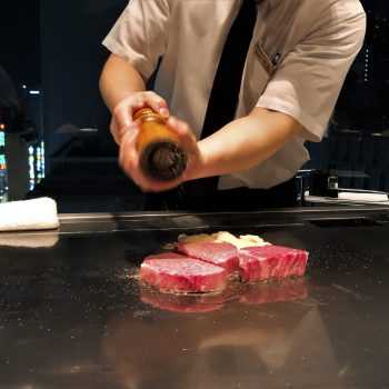Misono Ginza. An amazing teppanyaki experience with a magnificent view.